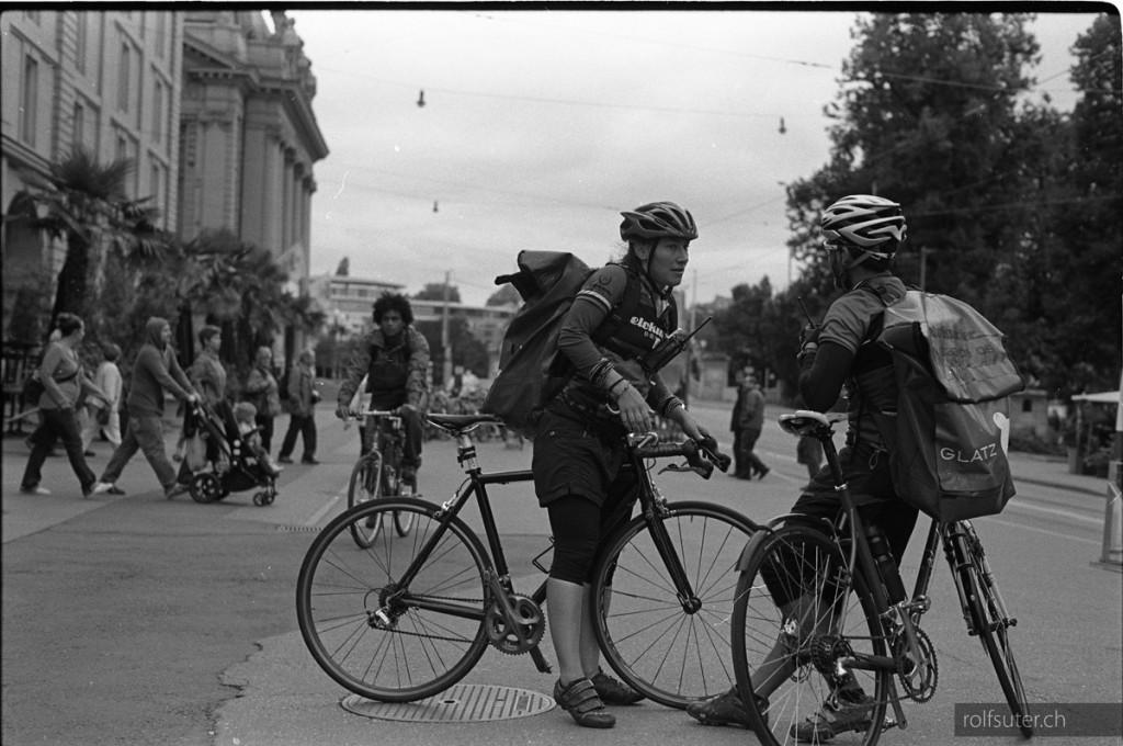 Bicycle messengers, Bern