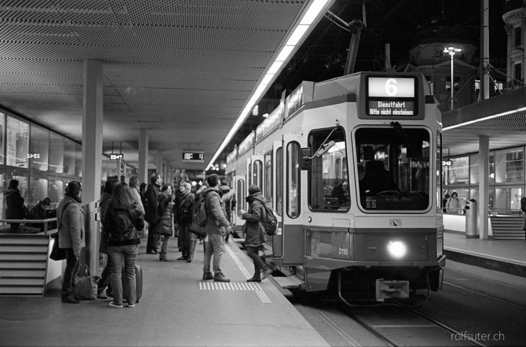 Tram by Night, Zürich