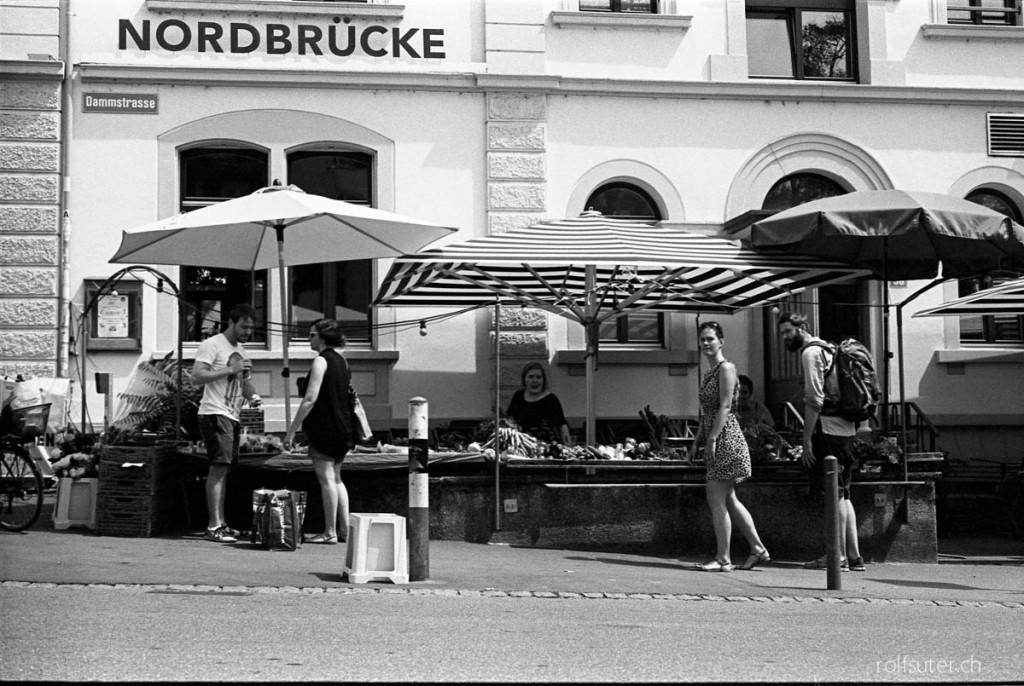 Market at Nordbrücke in Zürich Wipkingen