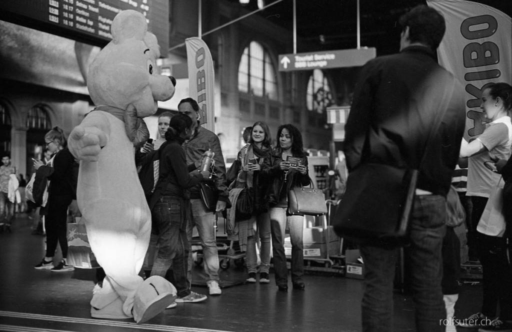 Haribo bear in Zürich HB